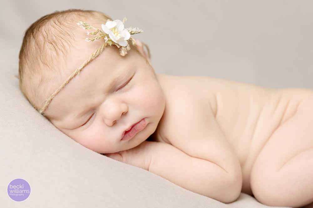 Newborn baby pictures Hemel Hempstead - headband