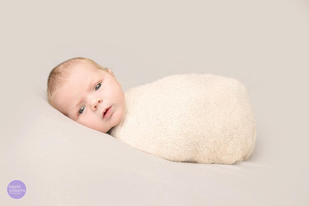 Newborn baby pictures Hemel Hempstead - wrapped awake