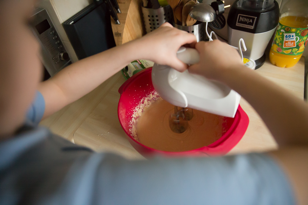 Child Photography Hemel Hempstead - Mixing cake mix