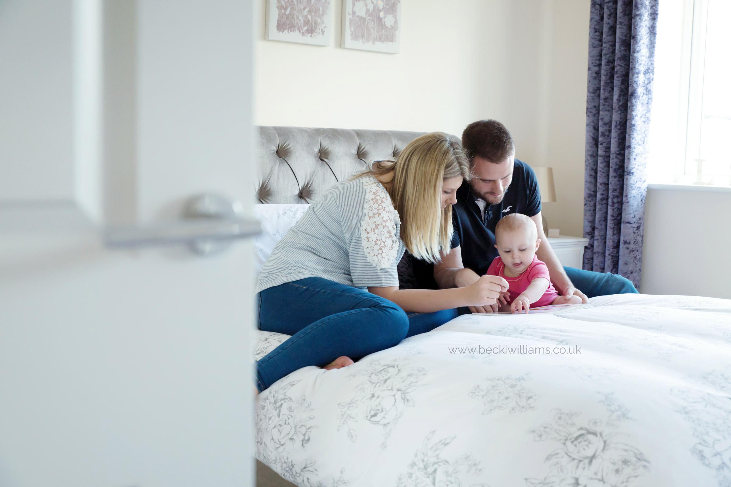 baby-photographer-hemel-hempstead-1-year-old-with-family