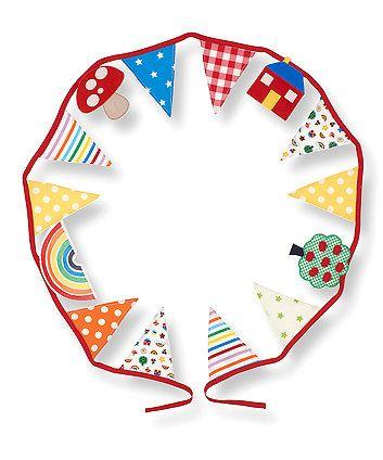 hemel-hempstead-baby-photographer-nursery-decoration-bright-colourful