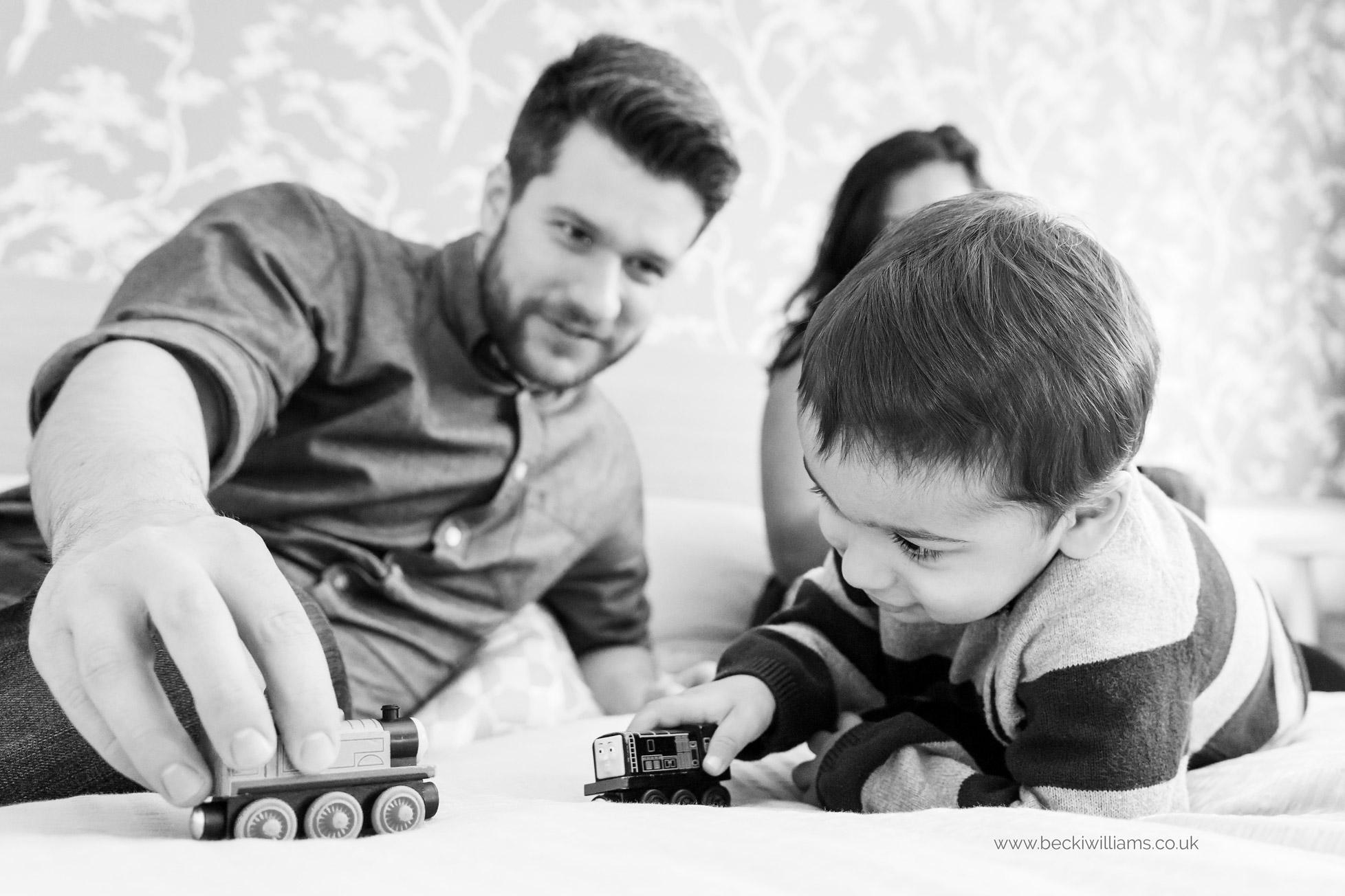 lifestyle-baby-photography-hemel-hempstead-dad-son-trains