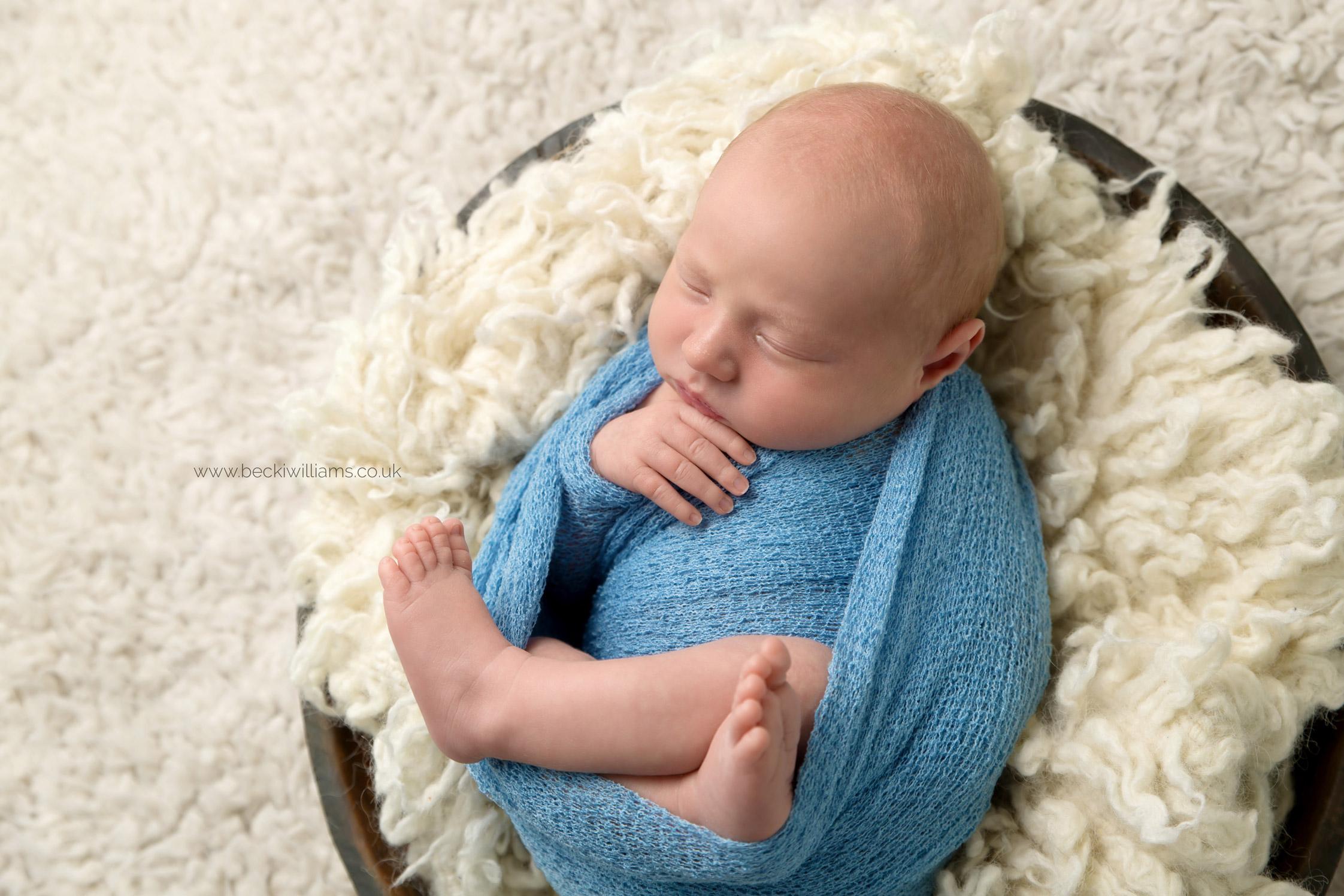 newborn-photographer-berkhamsted-wrapped-blue-bowl.jpg