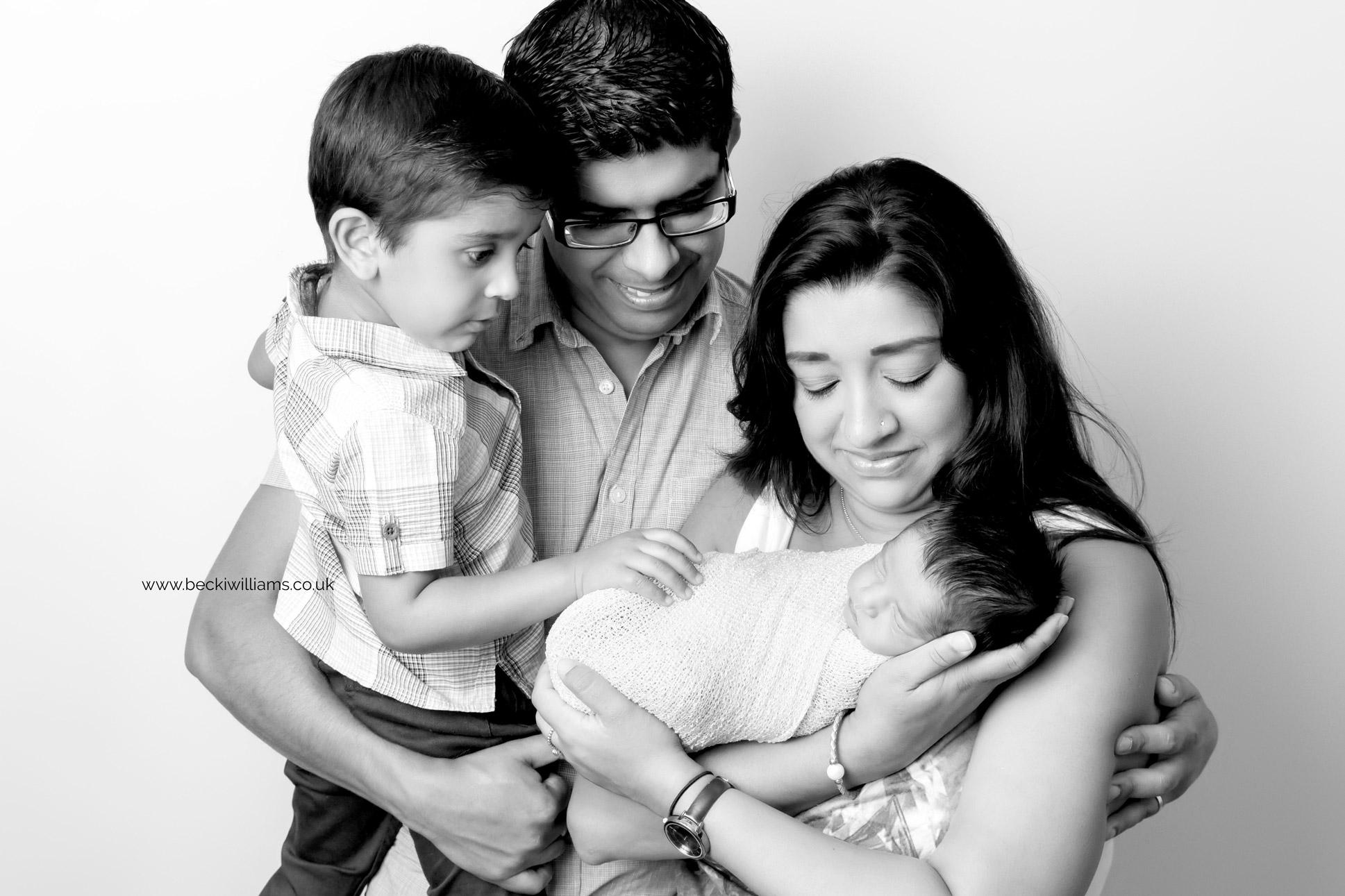 photographer-in-hemel-hempstead-newborn-baby-studio-19.jpg