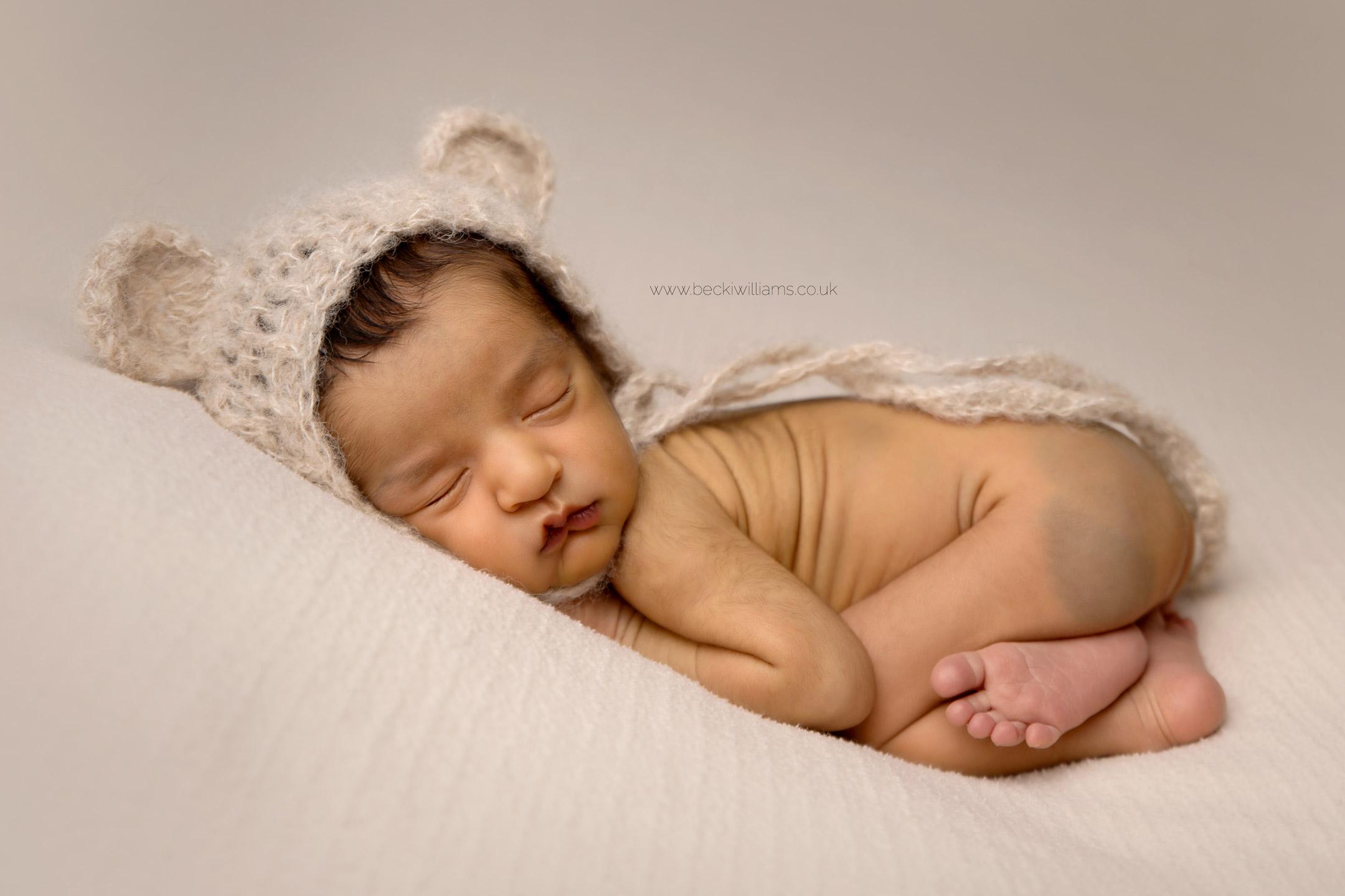 photographer-in-hemel-hempstead-newborn-baby-studio-16.jpg