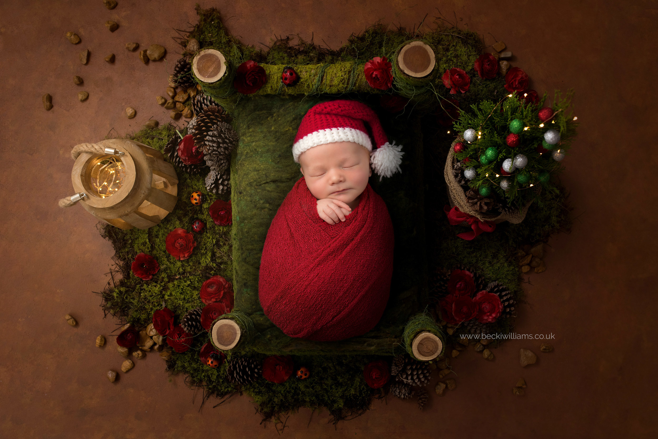 newborn-boy-portraits-hemel-hempstead-christmas-digital-background-santa-bed.jpg