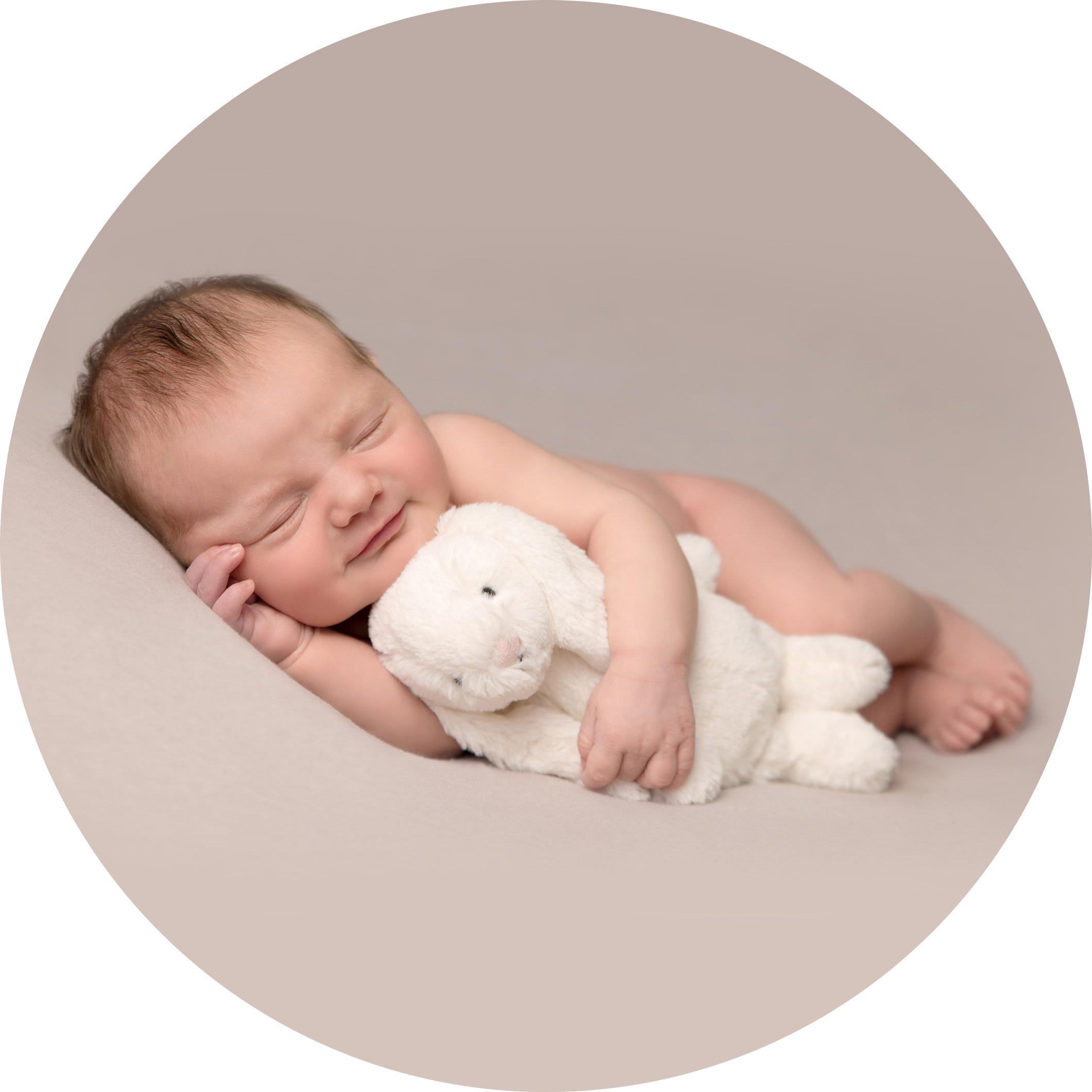 newborn-girl-portraits-hemel-hempstead.jpg