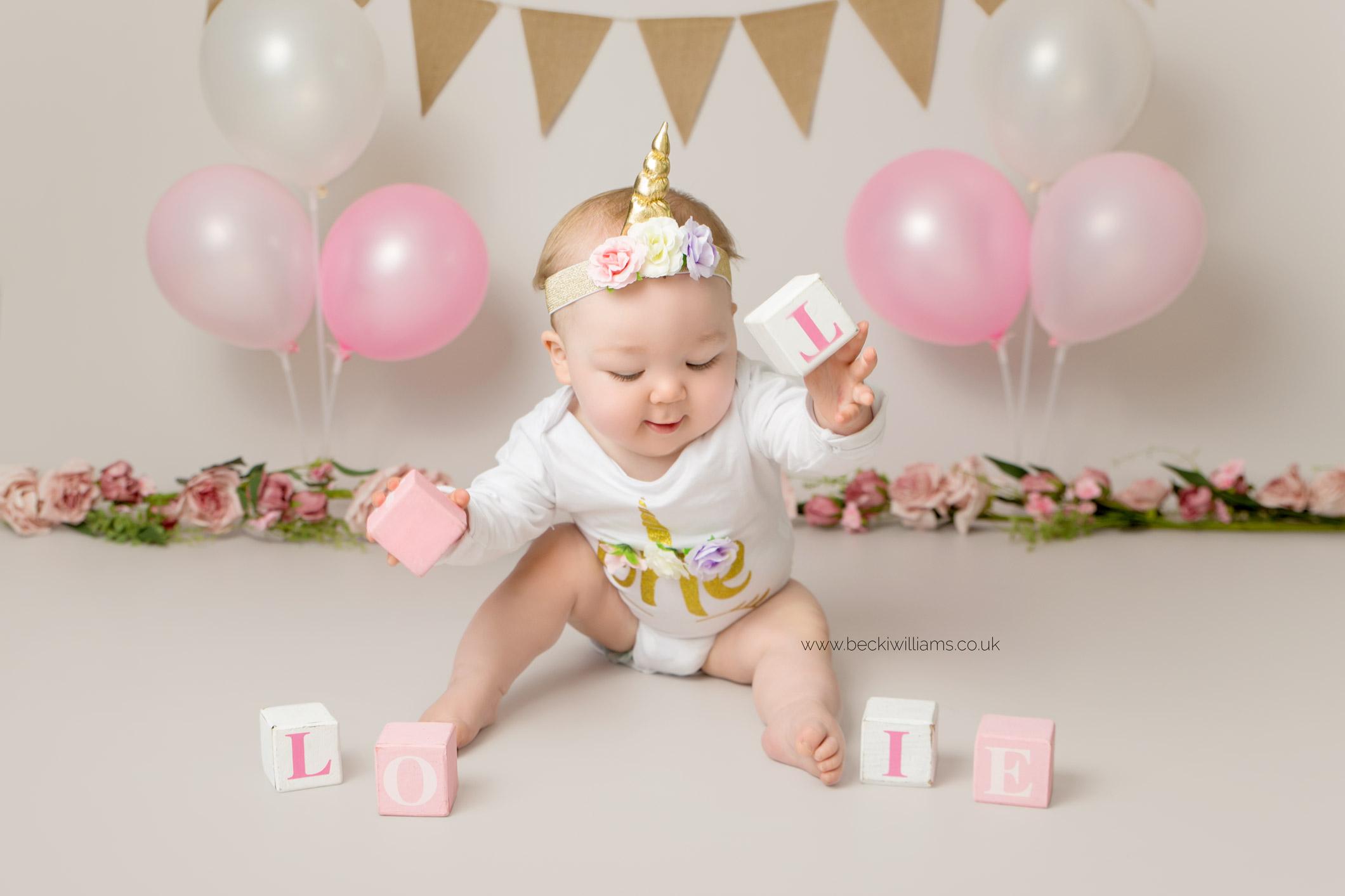 cake-smash-hemel-hempstead-pink-4.jpg