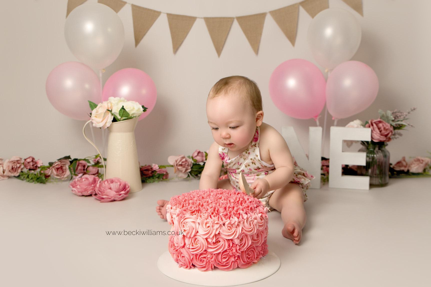 cake-smash-hemel-hempstead-pink-6.jpg