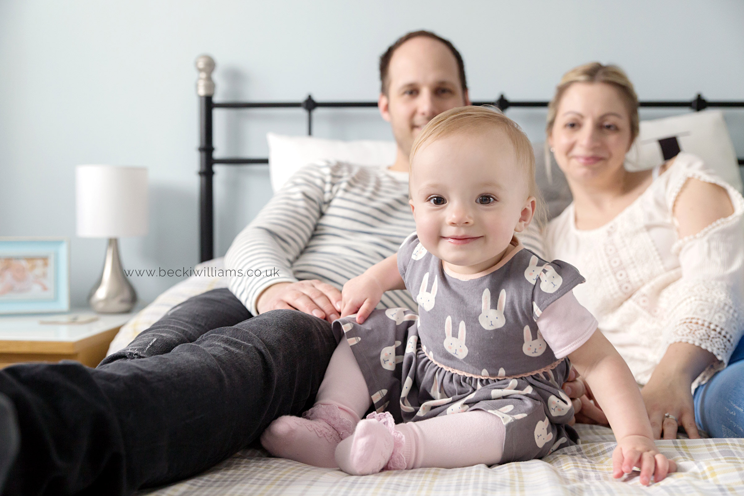 lifestyle-baby-photography-in-your-home-hemel-hempstead-family-cute-happy.jpg