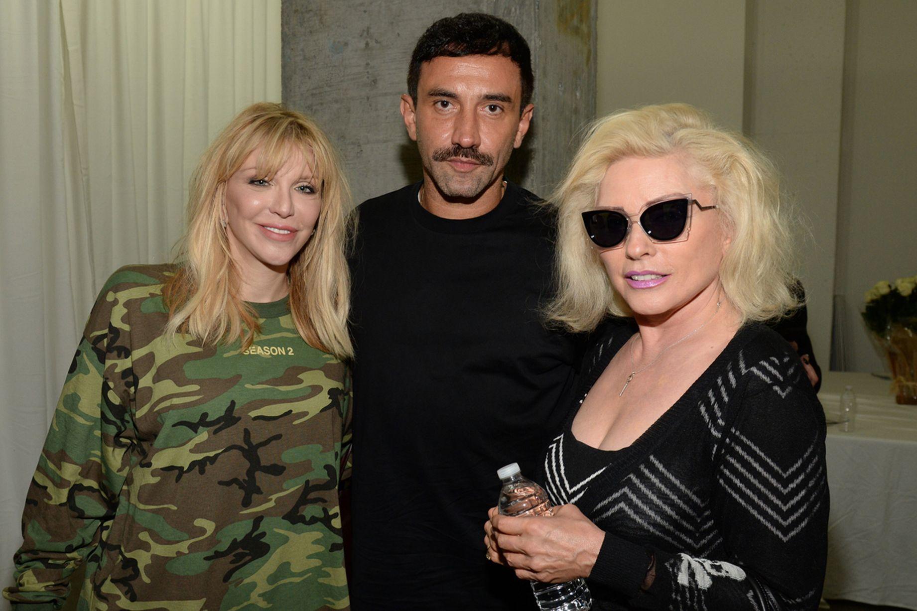 Courtney-Love-Riccardo-Tisci-and-Debbie-Harry-attend-Kanye-West-Yeezy-Season-2.jpg