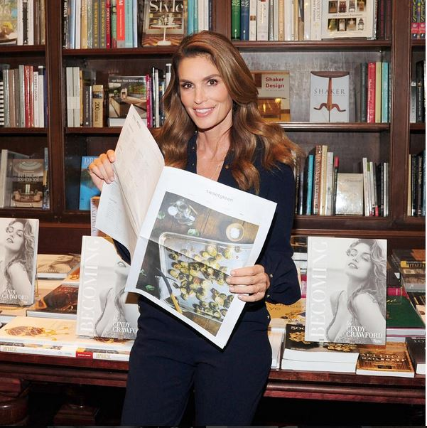 It's official! Just launched my book (and @meaningfulbeauty's new Vitality Oil) at @rizzolibooks...Loved meeting all you beauty editors. Big thank you to @sweetgreen & @purityorganic for lunch...  Photo @cindycrawford instagram