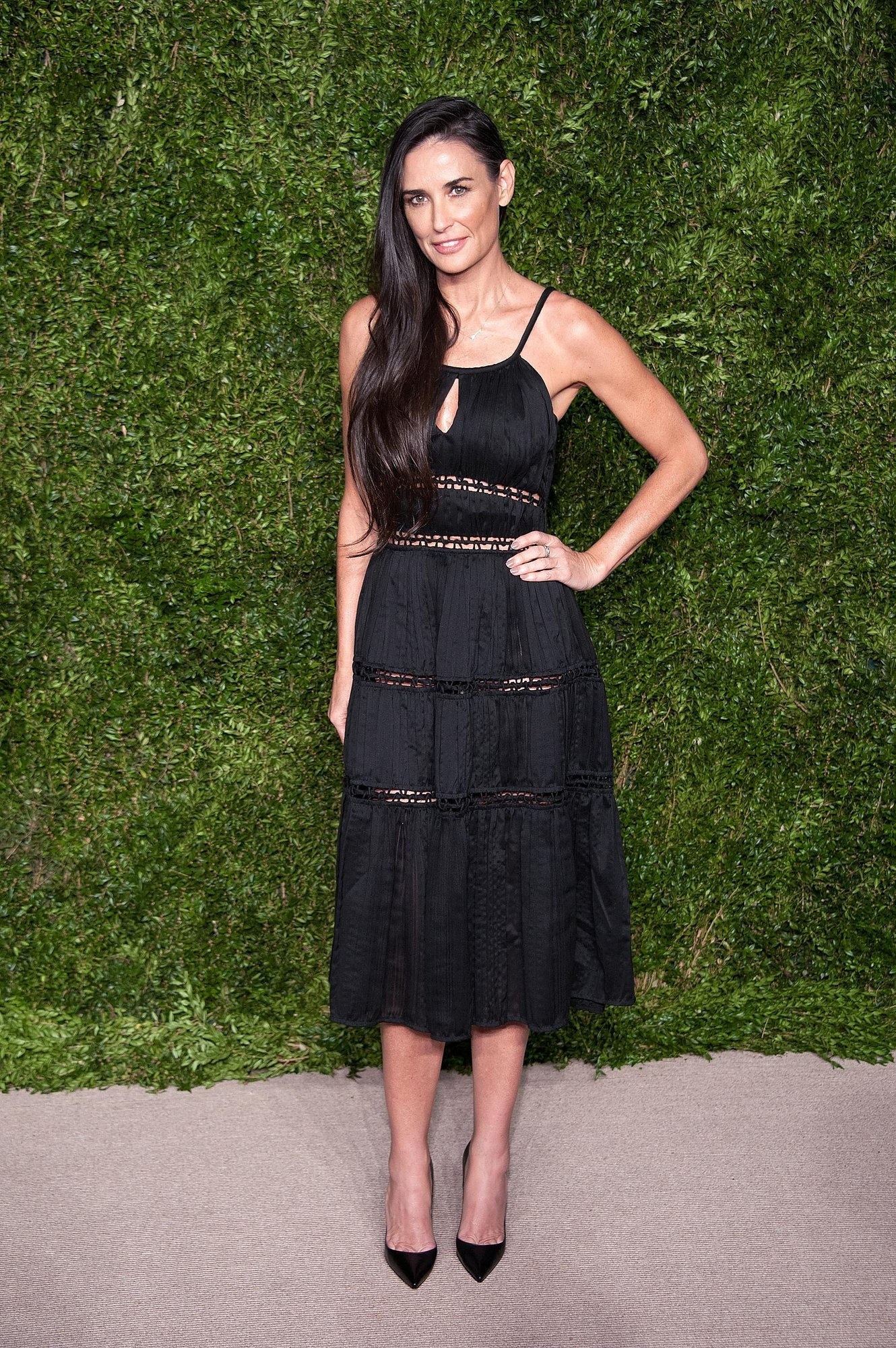 DEMI MOORE IN ZAC POSEN