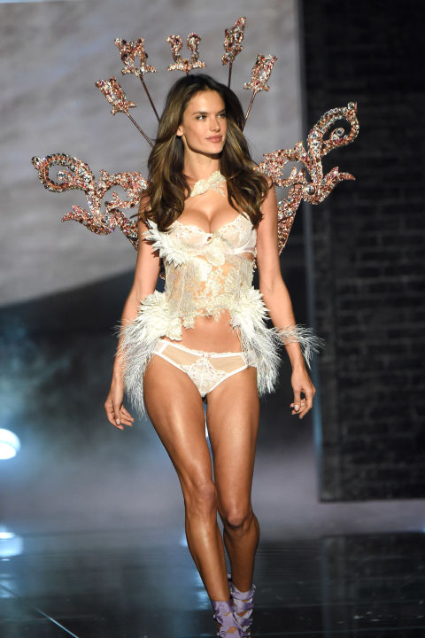 hbz-vs-runway-2015-gettyimages-496564460.jpg