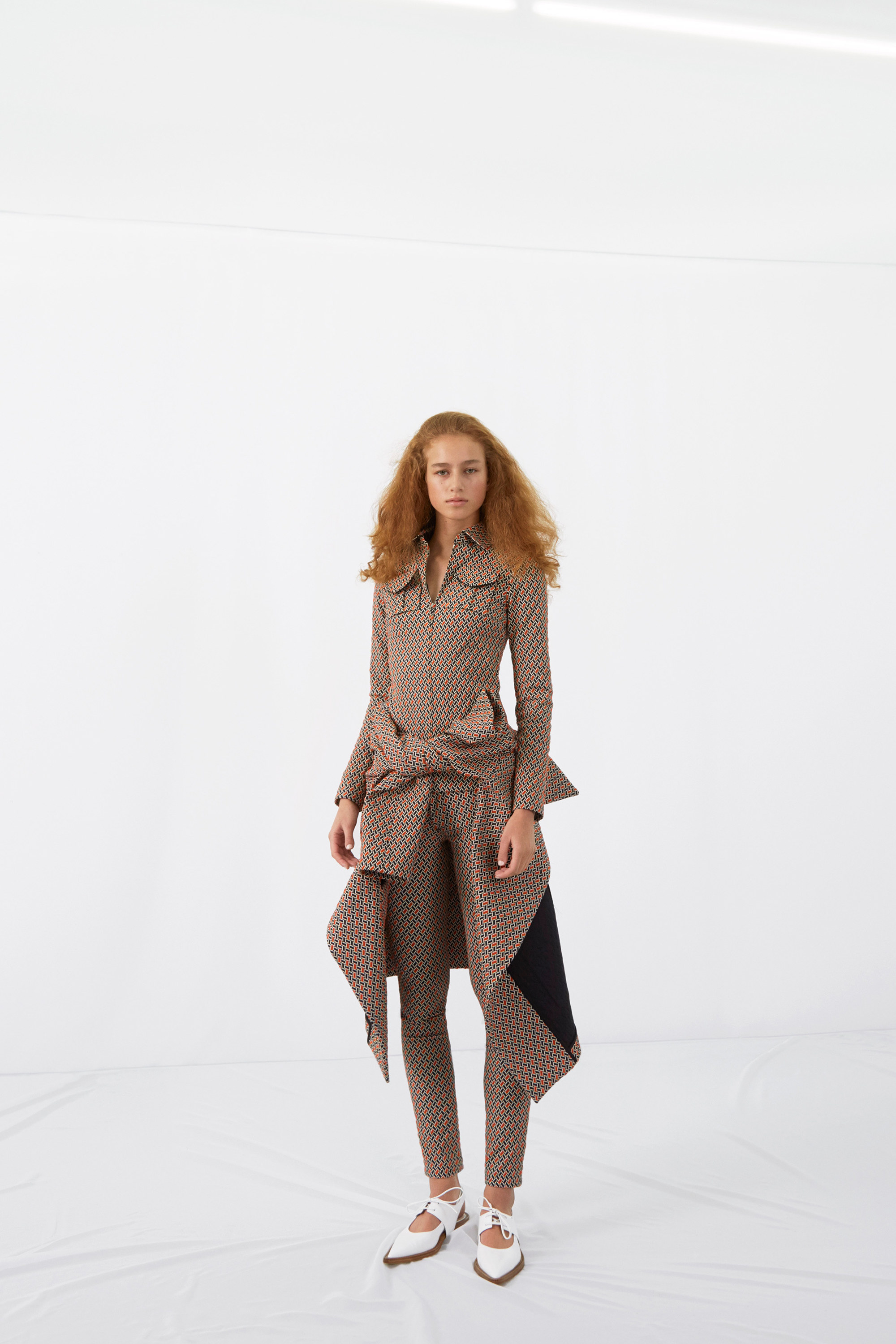 victoria-beckham-pre-fall-2016-lookbook-09.jpg