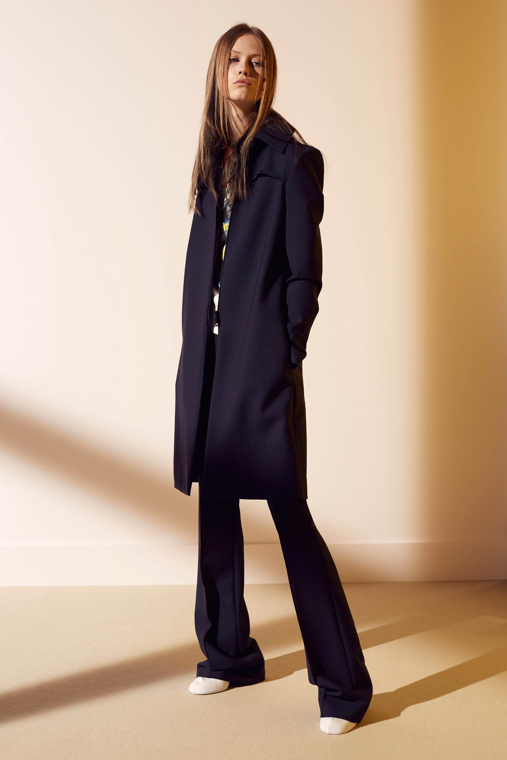 victoria-victoria-beckham-pre-fall-2016-lookbook-07.jpg