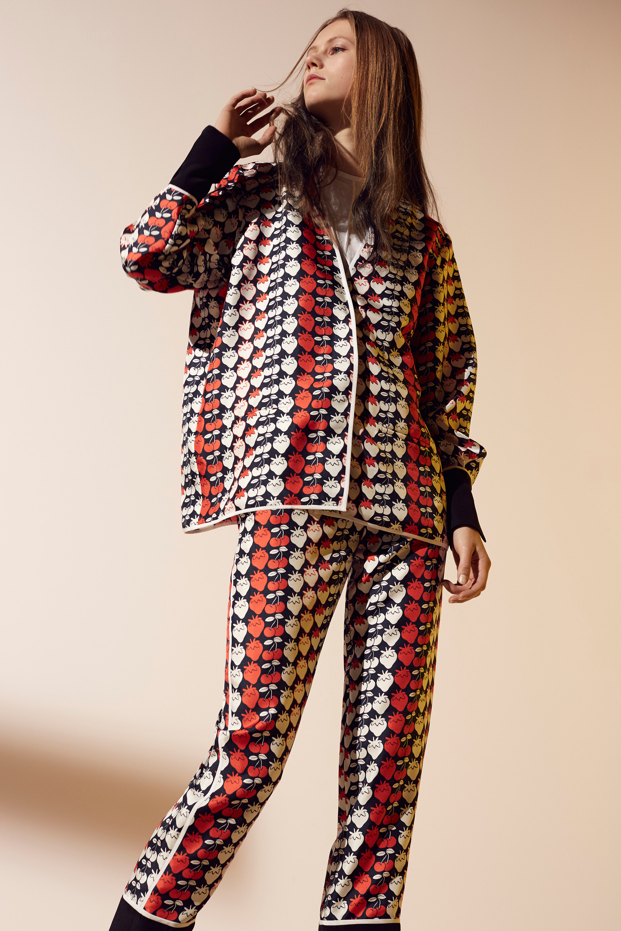 victoria-victoria-beckham-pre-fall-2016-lookbook-14.jpg