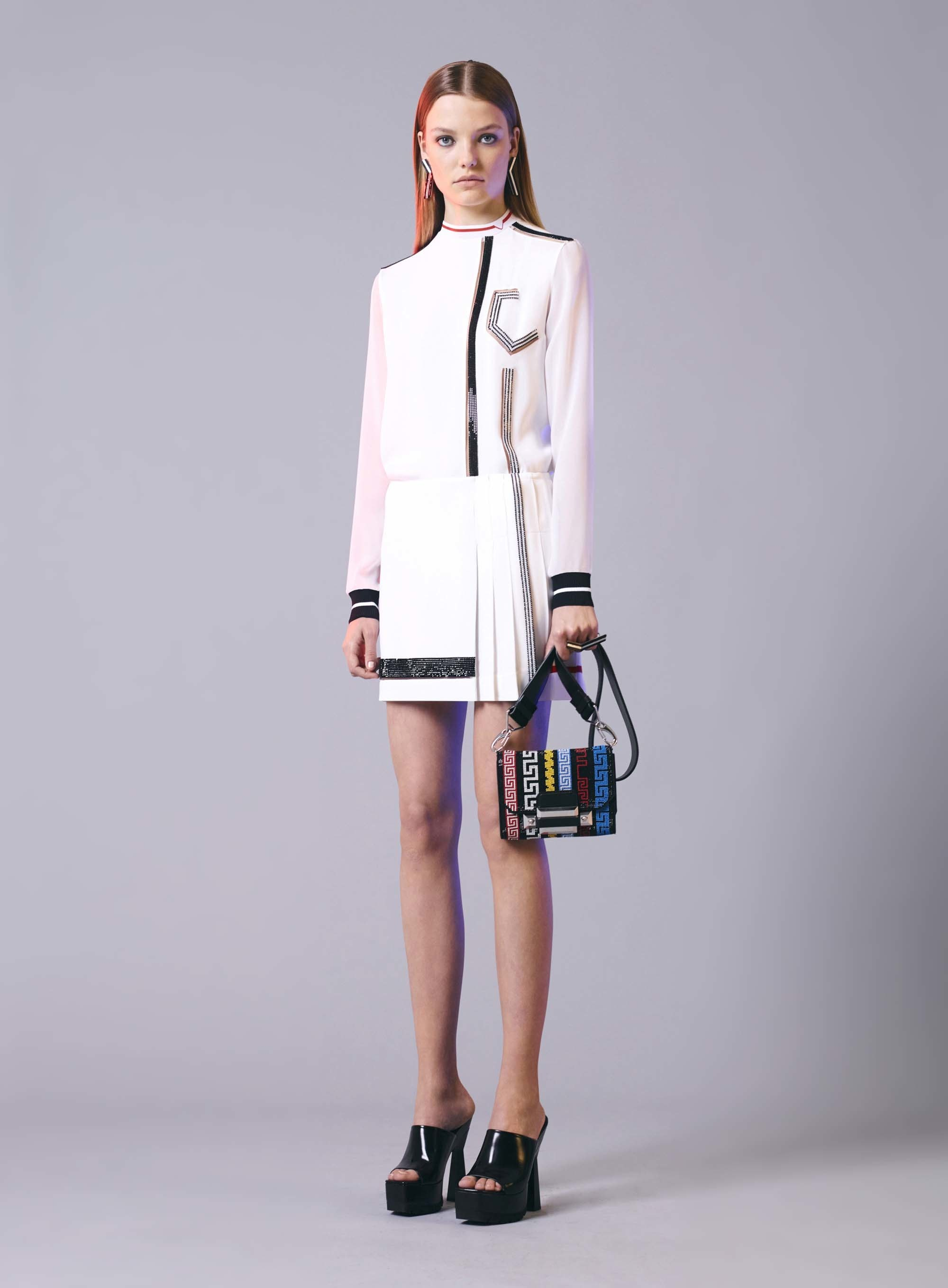 13-versace-resort-17.jpg