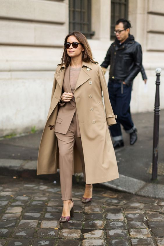 Trench over nude suit never looked so good