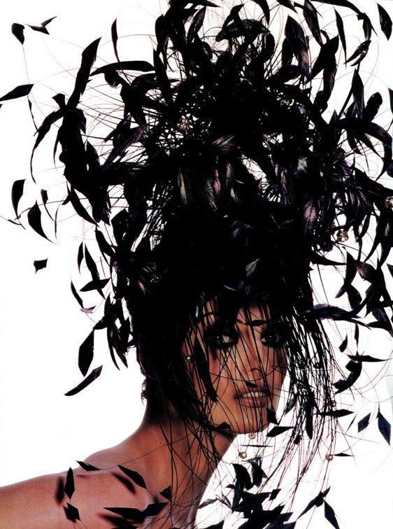 The Cutting Edge Vogue US, January 1992 Photographer: Irving Penn Model: Linda Evangelista