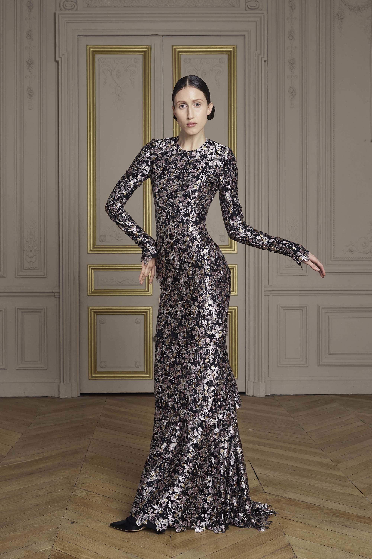 13-giles-deacon-couture.jpg