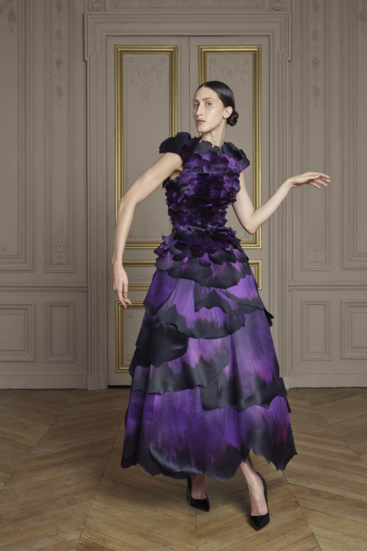 16-giles-deacon-couture.jpg