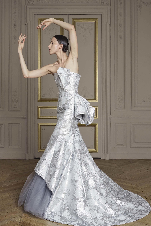 17-giles-deacon-couture.jpg