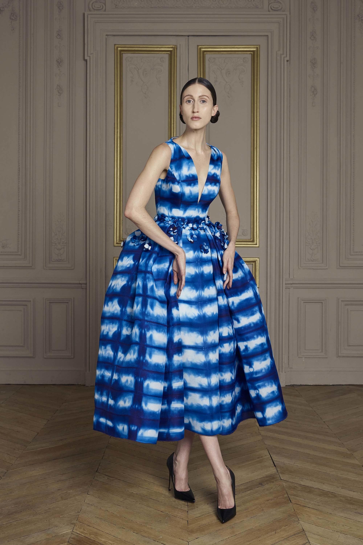 18-giles-deacon-couture.jpg