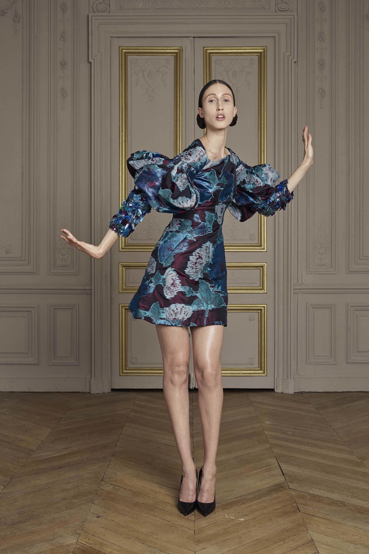 25-giles-deacon-couture.jpg
