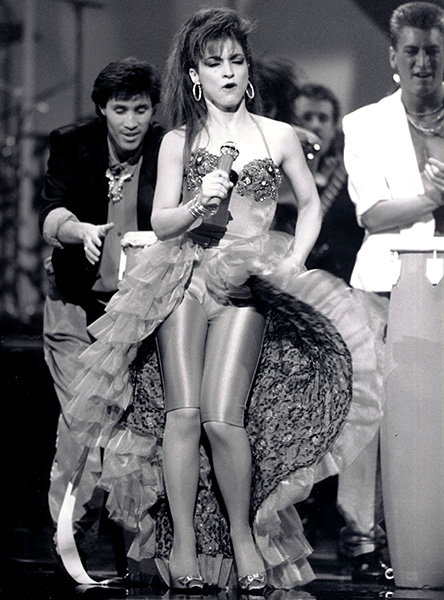 Gloria Estefan in 1988  Gloria Estefan was one of the performers at the 1988 AMAs.