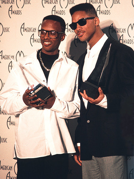 DJ Jazzy Jeff & The Fresh Prince in 1989  DJ Jazzy Jeff & The Fresh Prince (Will Smith) each hold an award at the 1989 AMAs.