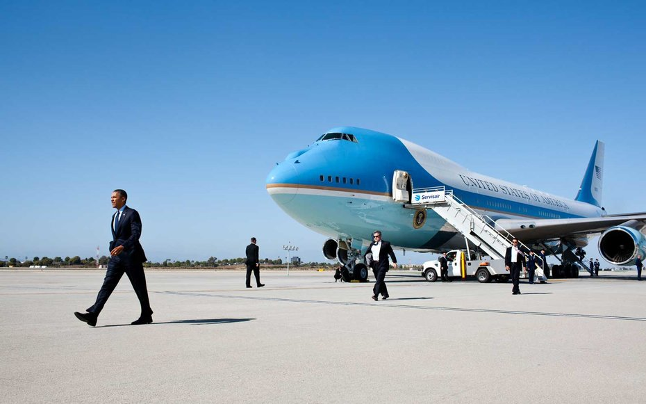 Los Angeles Airport  Obama disembarks Air Force One in Los Angeles.