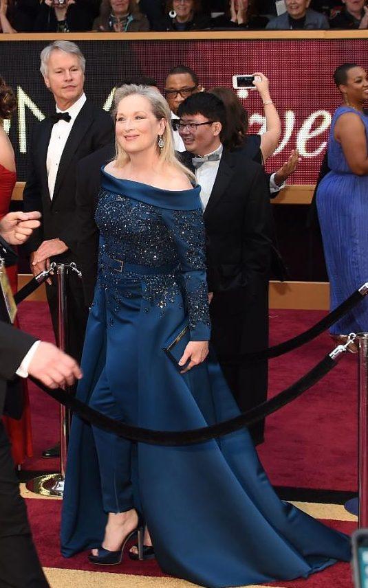 JS121887928_AFP_Nominee-for-Best-Actress-Florence-Foste-xxlarge_trans_NvBQzQNjv4Bq_dk3tDQNx8RDZiHPjuUeAINBjdxNV7e70roTIWj1F-A.jpg