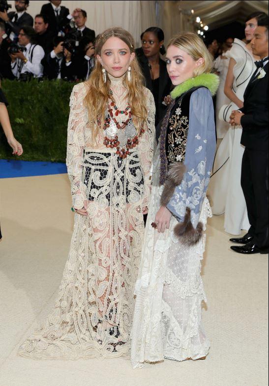 1 of 80SEE ALLMary-Kate Olsen and Ashley Olsen -