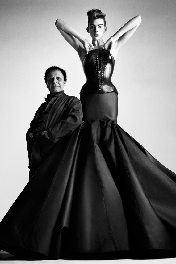 Azzedine-Alaia-12-Vogue-2Oct13-Patrick-Demarchelier_b.jpg