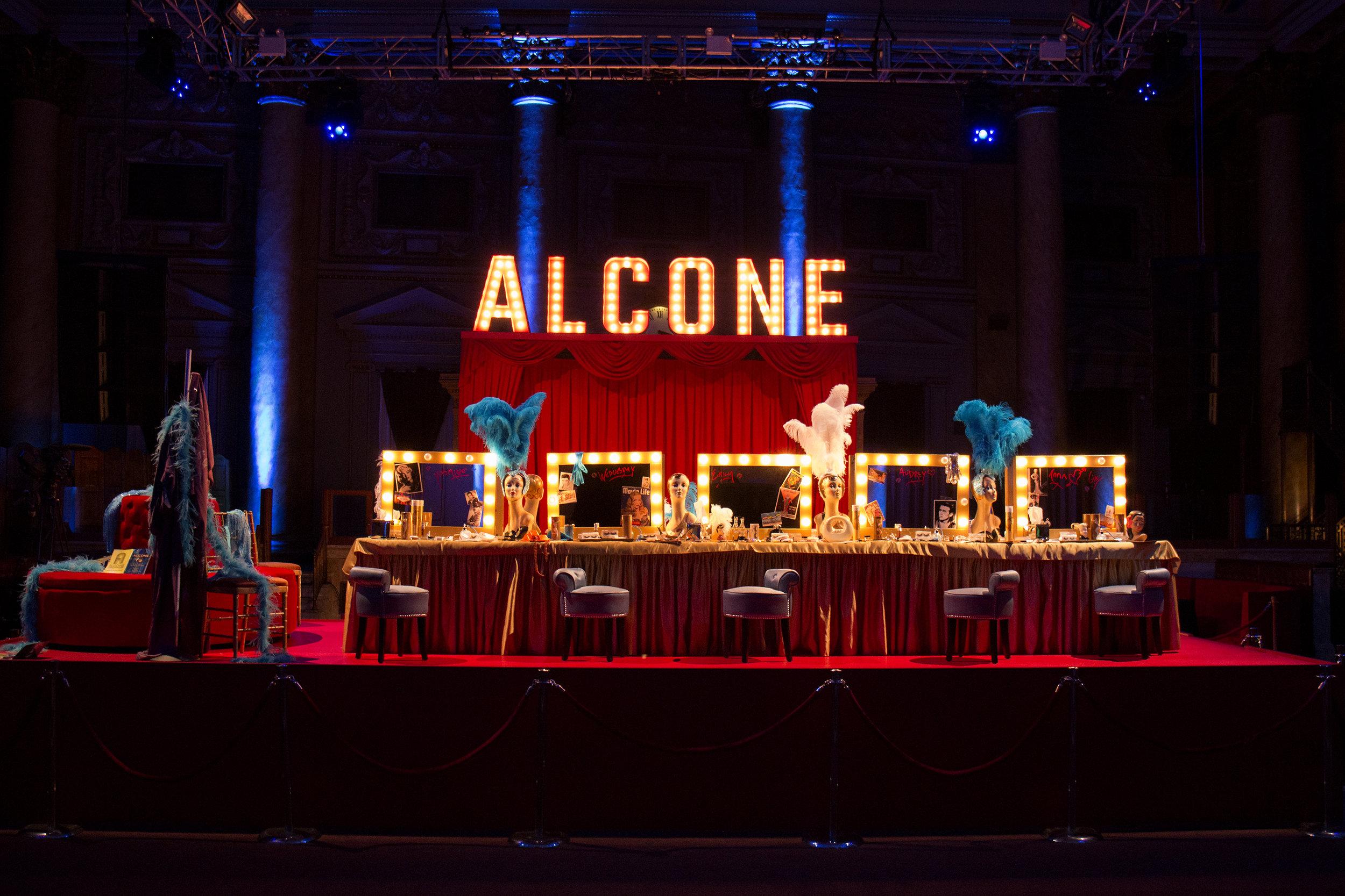 Alcone Backstage SET Designed by Roger Padilha Photo Santiago Felipe.jpg