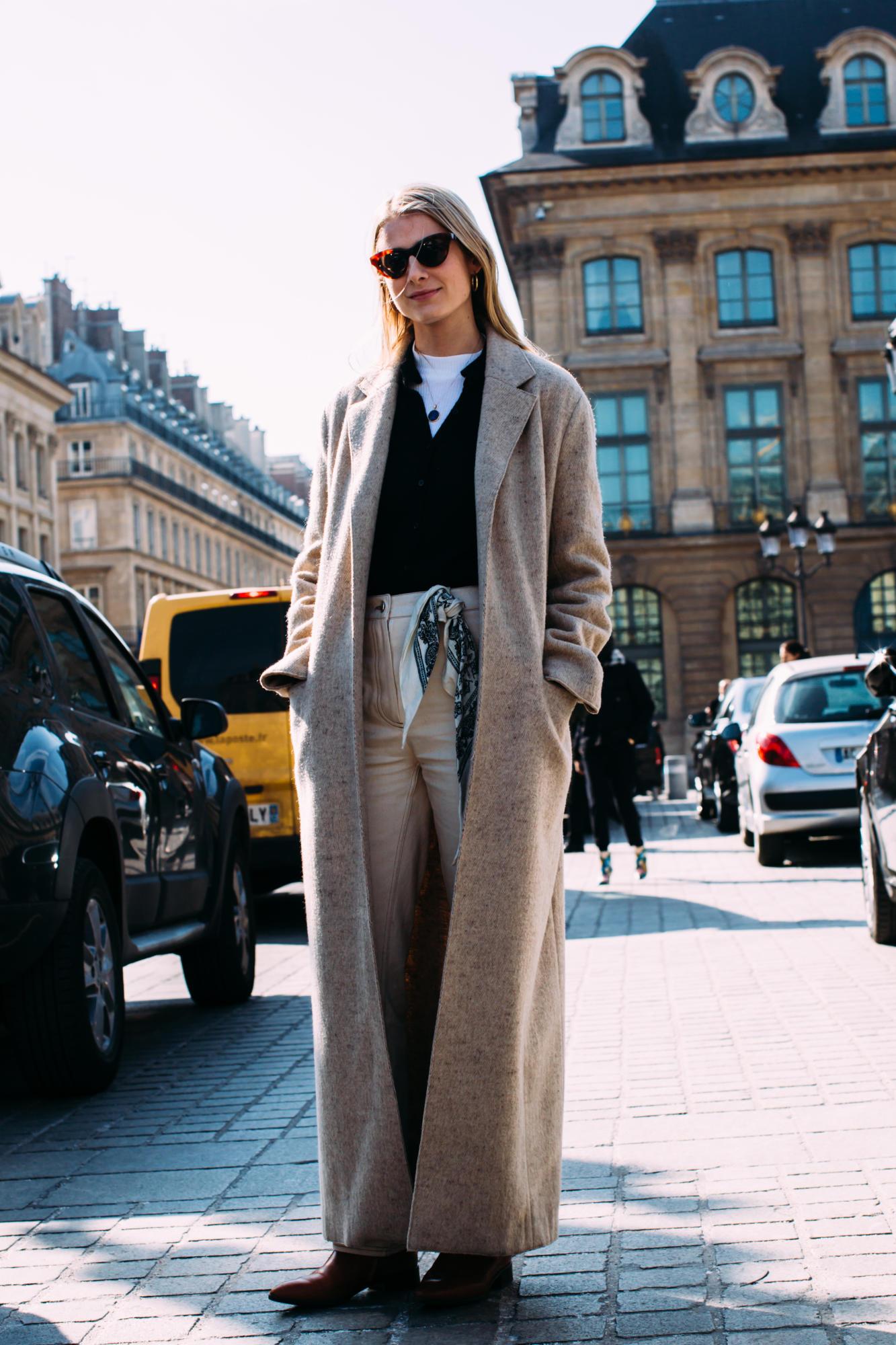 paris-fashion-week-street-style-fall-2018-day-2-67.jpg