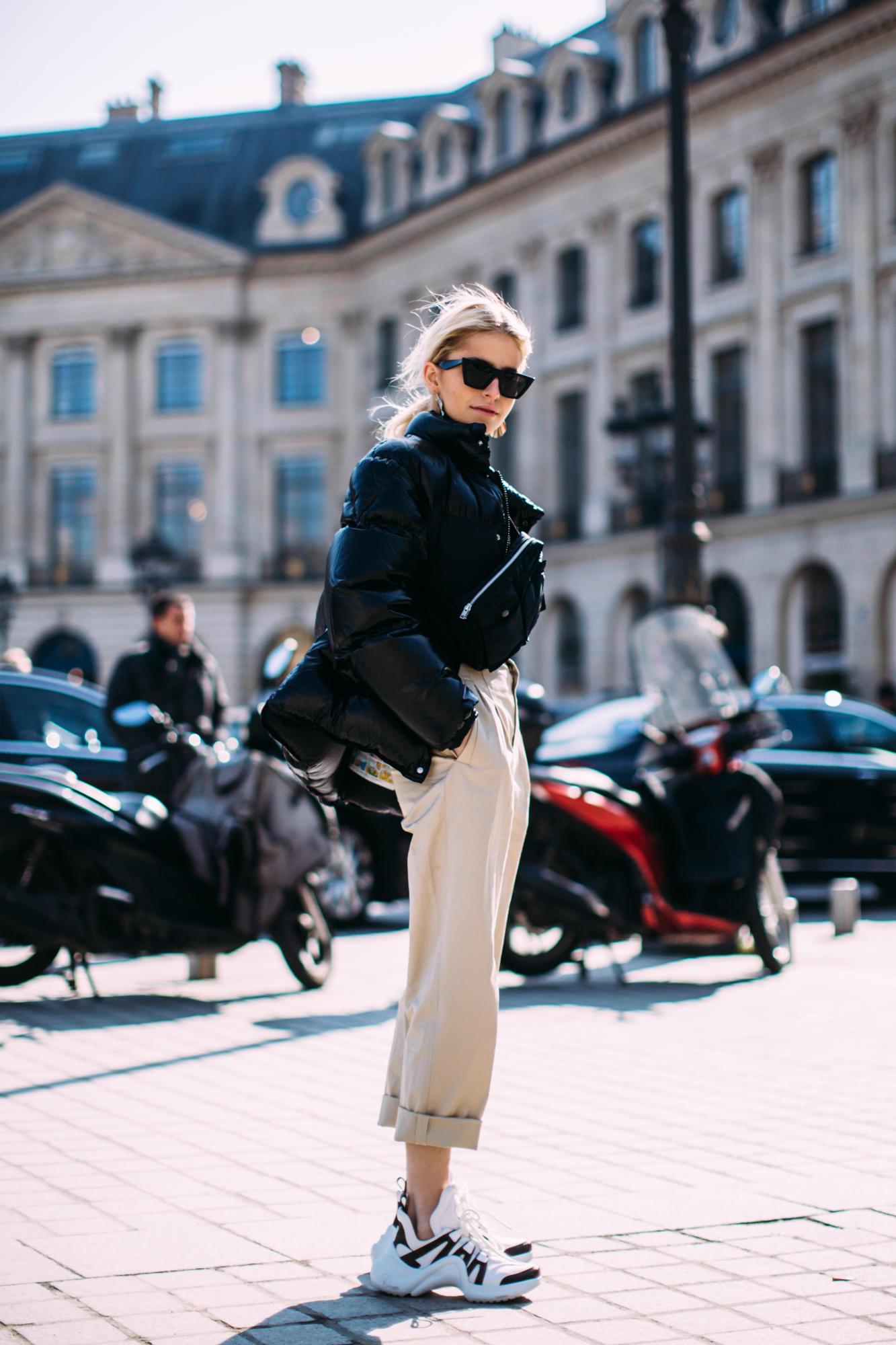 paris-fashion-week-street-style-fall-2018-day-2-69.jpg