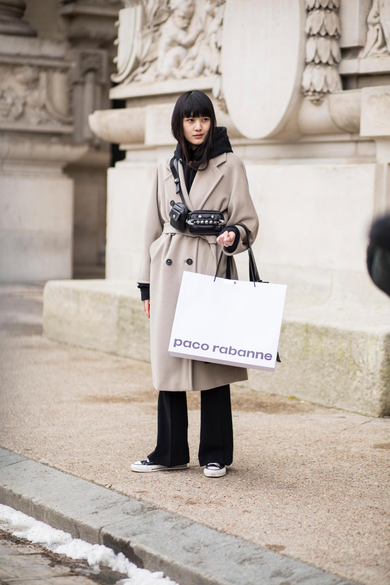 paris-fashion-week-street-style-fall-2018-day-3-7.jpg