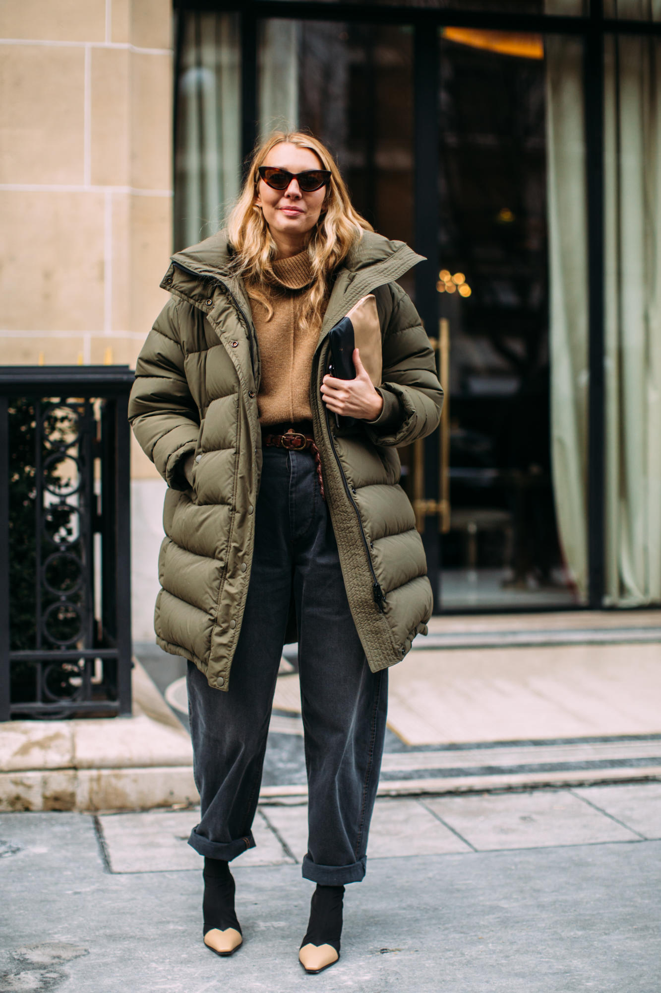 paris-fashion-week-street-style-fall-2018-day-3-52.jpg