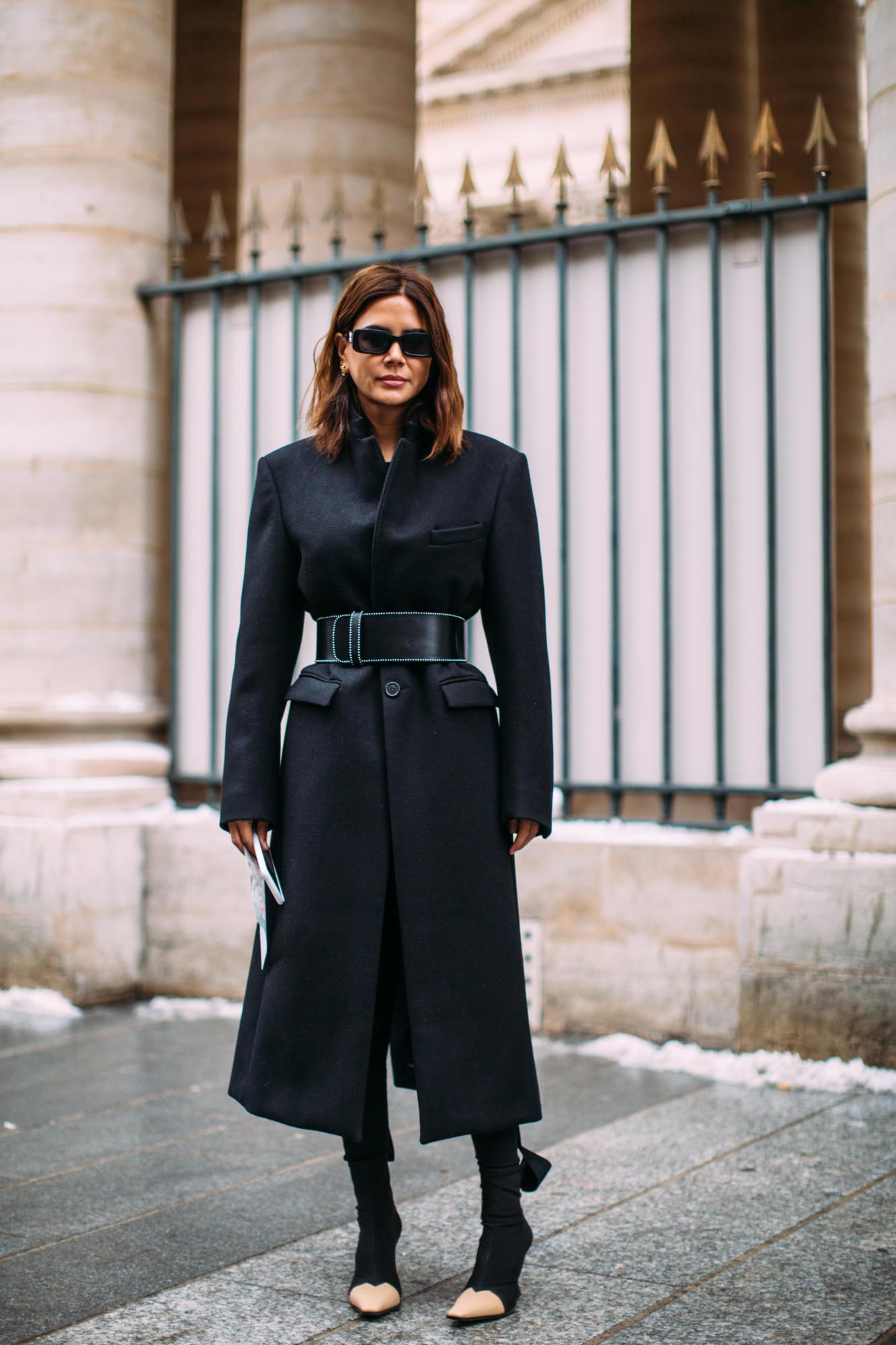 paris-fashion-week-street-style-fall-2018-day-3-59.jpg