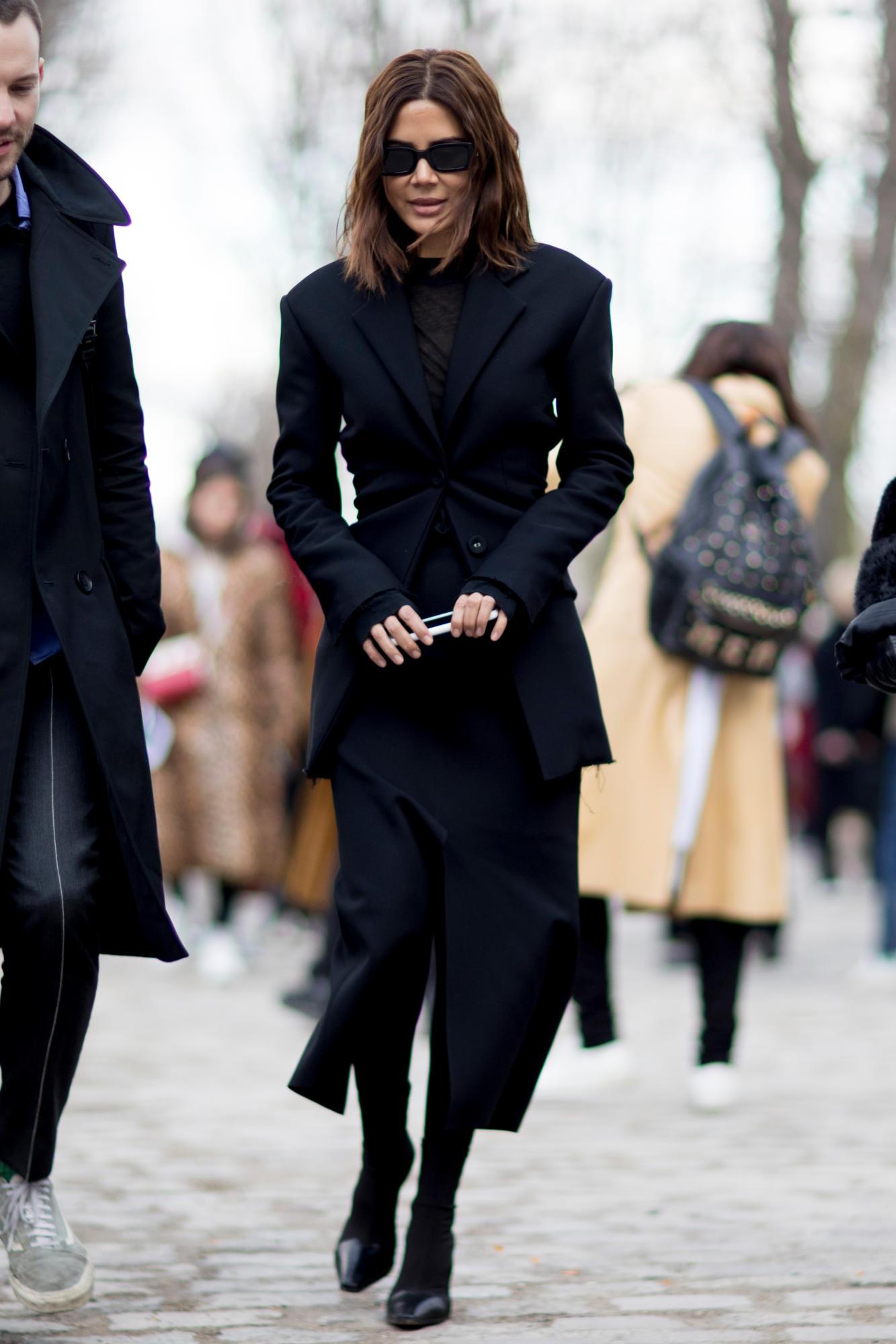 paris-fashion-week-street-style-fall-2018-day-4-53.jpg