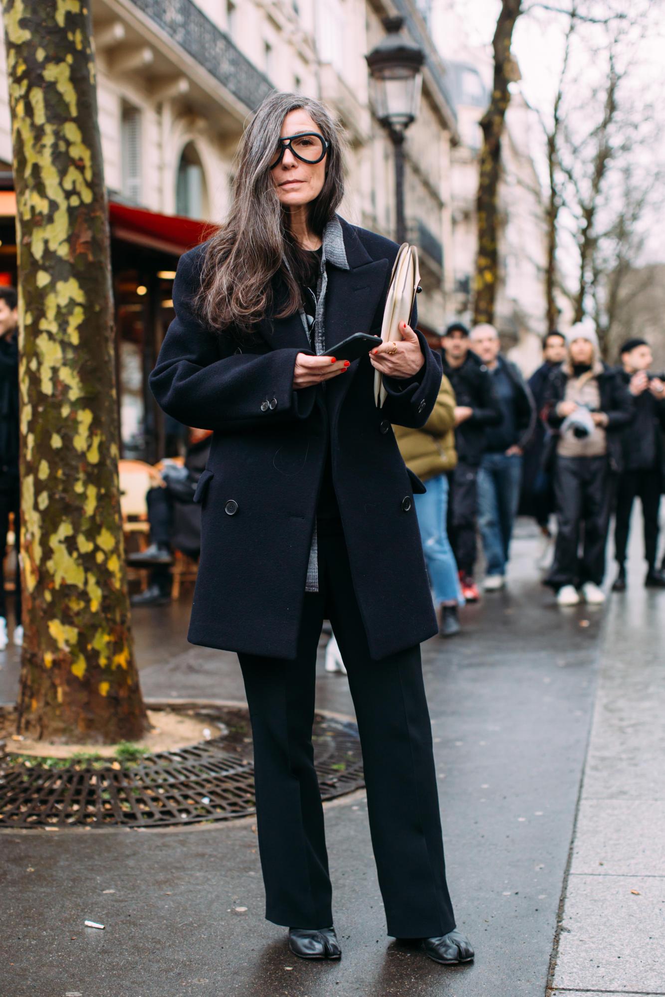 paris-fashion-week-street-style-fall-2018-day-4-66.jpg