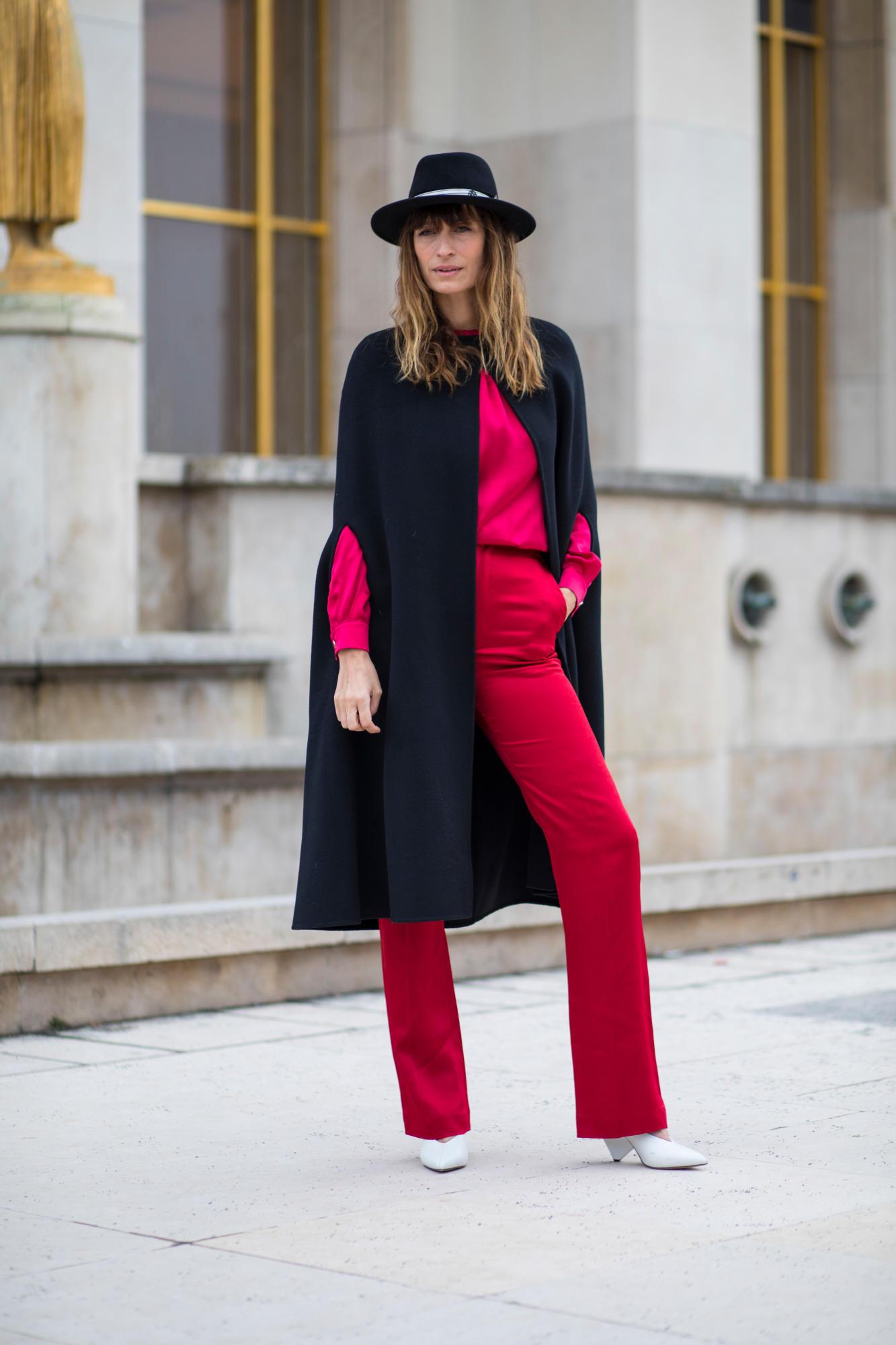 paris-fashion-week-street-style-fall-2018-day-5-5.jpg