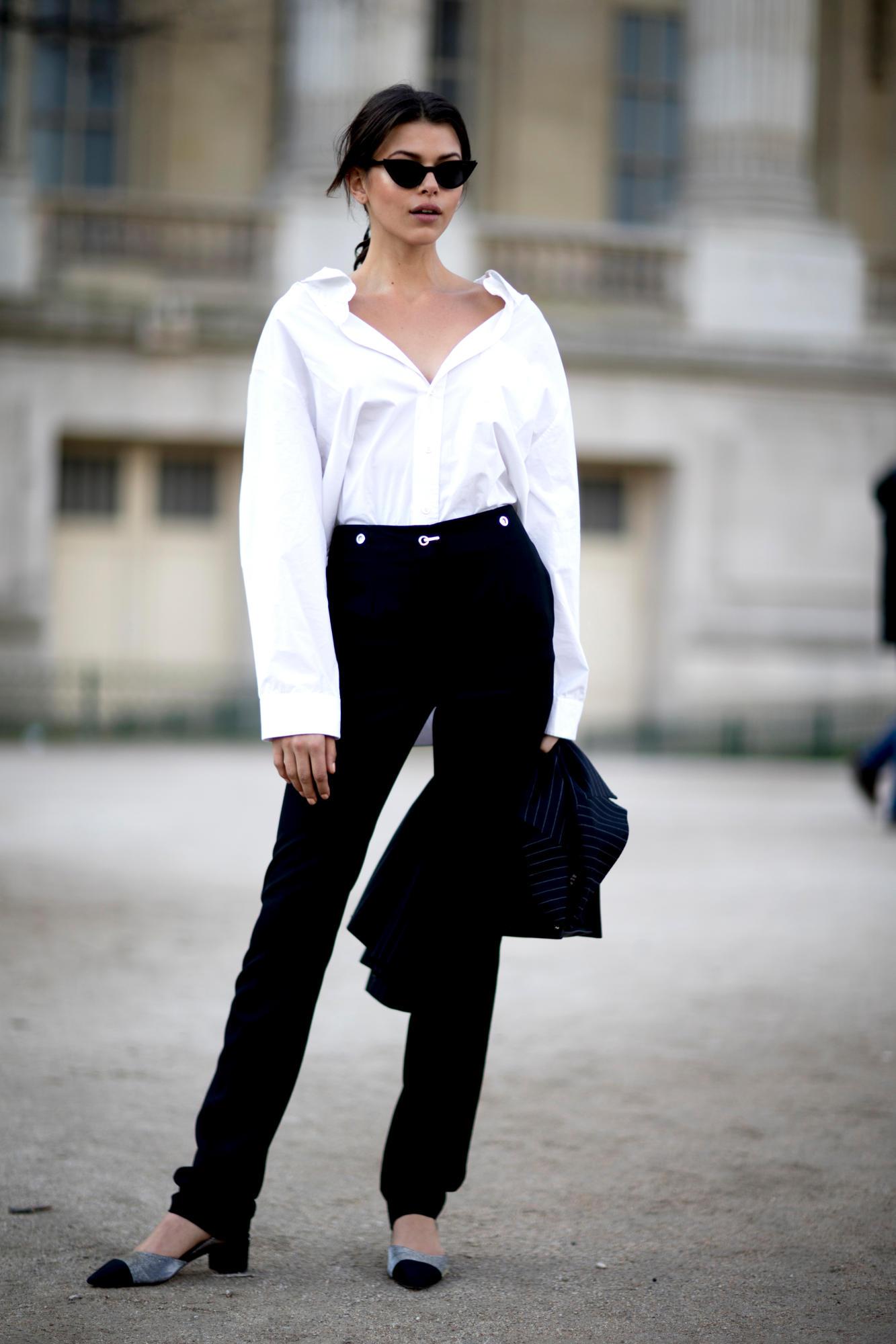 paris-fashion-week-street-style-fall-2018-day-5-45.jpg