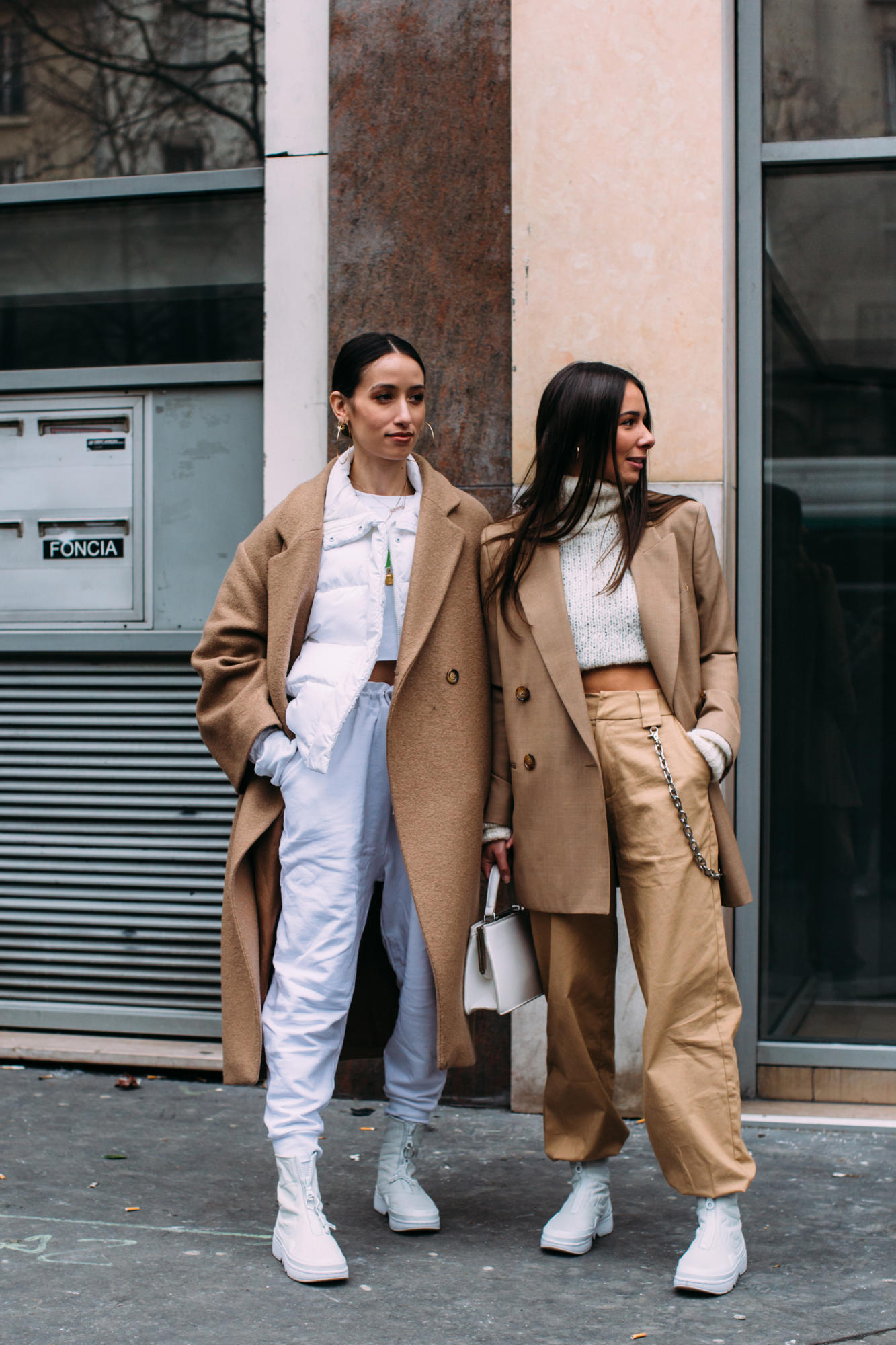 paris-fashion-week-street-style-fall-2018-day-5-53.jpg