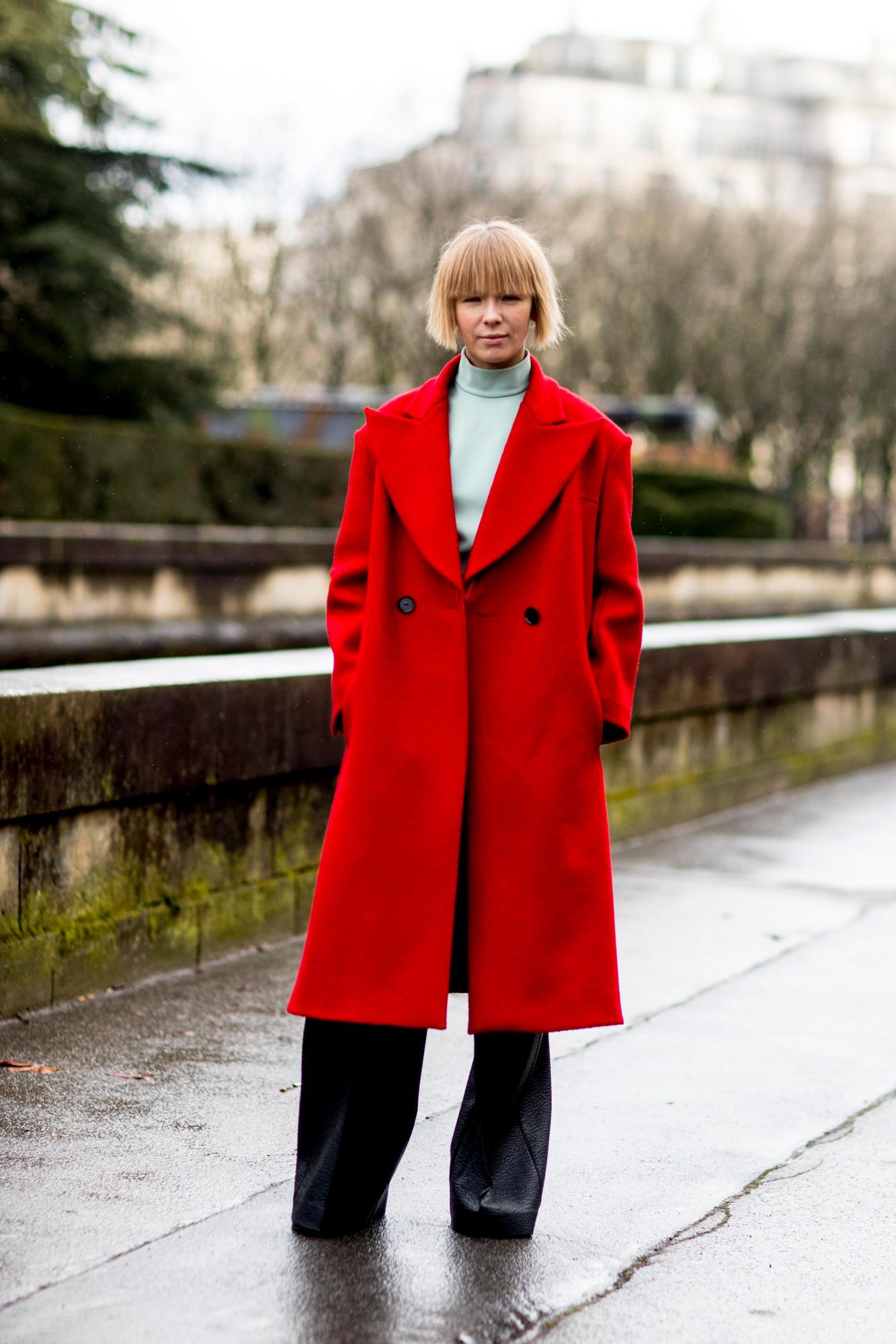 paris-fashion-week-street-style-fall-2018-day-6-31.jpg