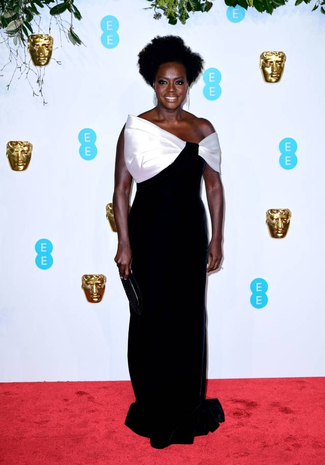 BAFTA-red-carpet-1002g.jpg