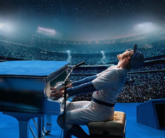 "Taron Egerton re-creates Elton John's live show in ""Rocketman.""   (Photo: DAVID APPLEBY/PARAMOUNT)"