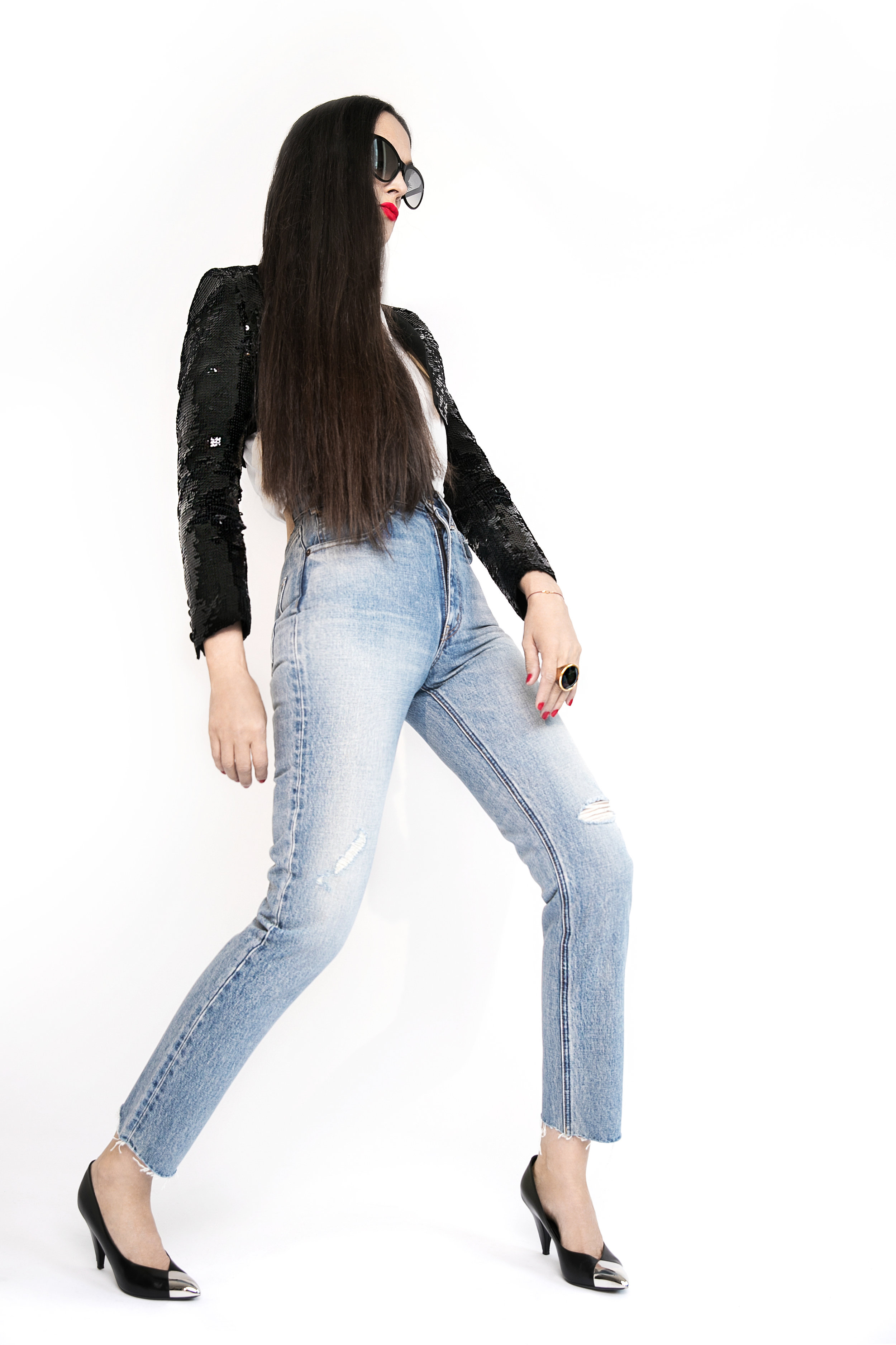 Top, denim jeans and shoes Céline, sunglasses Tom Ford. Photo  Lena Di